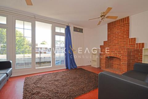 3 bedroom apartment for sale - Hind Grove , London, E14