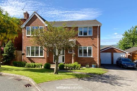 4 bedroom detached house for sale - Maes Celyn, Ruthin