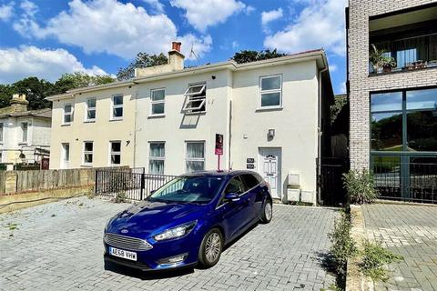 2 bedroom flat to rent - Brookhill Road, Woolwich, London, SE18