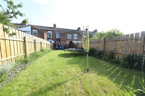 2 bedroom terraced house for sale - Sharp Street, Hull