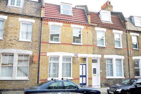 6 bedroom terraced house to rent - Senrab Street, London E1