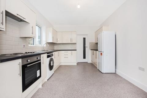 5 bedroom terraced house to rent - Drakefell Road Brockley SE4