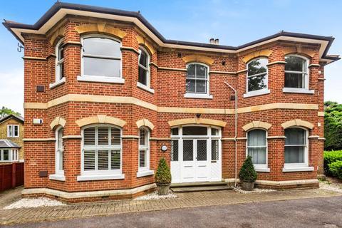 2 bedroom flat for sale - Datchet,  Berkshire,  SL3