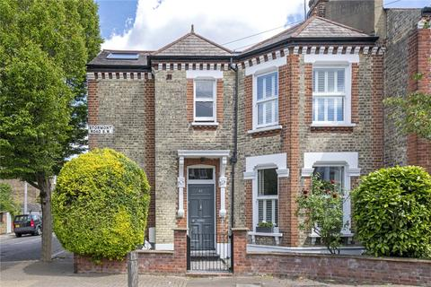 4 bedroom end of terrace house for sale - Stormont Road, SW11