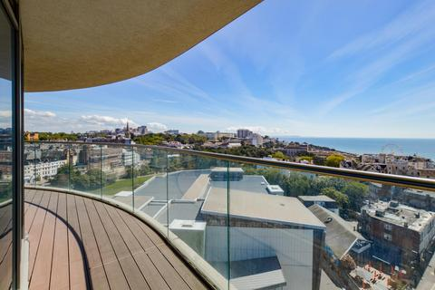 2 bedroom flat for sale - Terrace Mount, Bournemouth