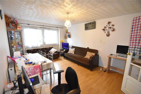 3 bedroom apartment for sale - Eastbourne Road, London, E6