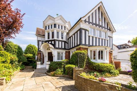 4 bedroom semi-detached house for sale - Kidderpore Avenue, Hampstead NW3