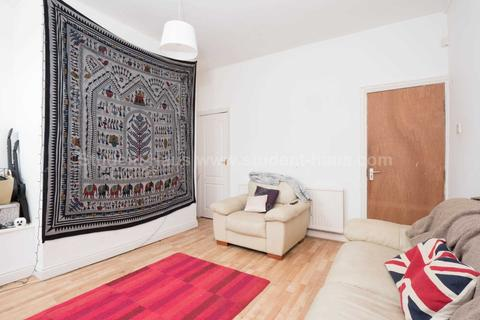 3 bedroom house to rent - Mackenzie Road, Salford, M7 3TH