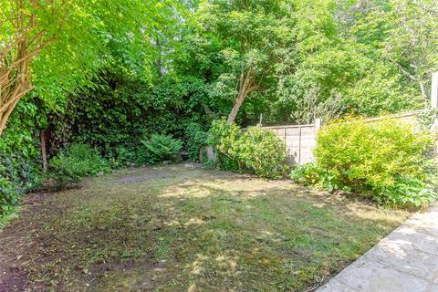 2 bedroom apartment for sale - Garden Flat, Milton Park, London, N6