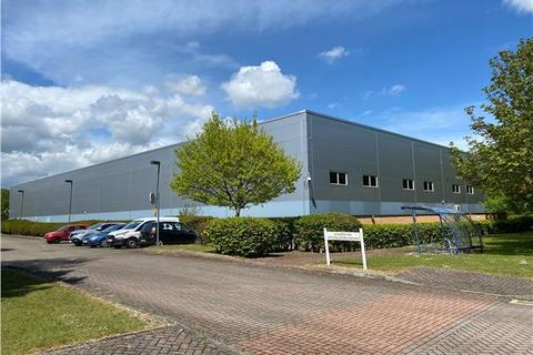 Warehouse to rent - 320 The Crescent, Colchester Business Park, Colchester, Essex, CO4