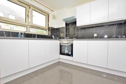 1 bedroom ground floor flat to rent - Berwick Road, London, E16 3DS