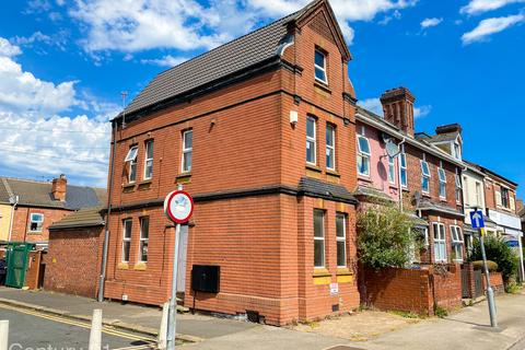 3 bedroom block of apartments for sale - Milbanke Street, Doncaster, South Yorkshire, DN1