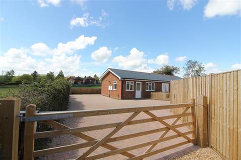 3 bedroom bungalow to rent - Marsh Quarter Lane, Sandhurst, Kent, TN18 5AW