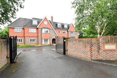 2 bedroom apartment for sale - Old Orchard, Shoppenhangers Road, Maidenhead, Berkshire, SL6