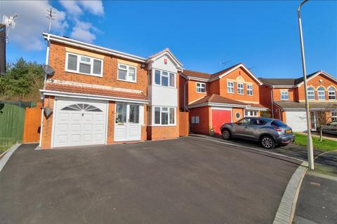 4 bedroom detached house to rent - Shipton Close, Dudley, DY1 2GE