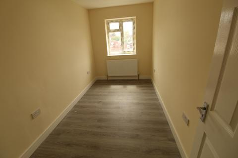 1 bedroom flat to rent - Southall, UB1