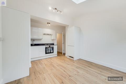 1 bedroom ground floor flat to rent - Hornsey, London N8