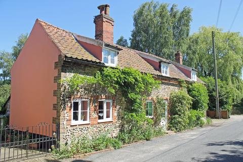4 bedroom character property for sale - The Street, Briningham NR24