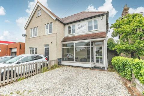 2 bedroom semi-detached house for sale - The Salon, Stomp Road, Burnham, Buckinghamshire
