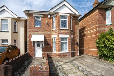3 bedroom detached house for sale - Pine Road, Winton, Bournemouth, BH9