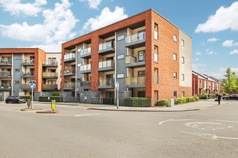 2 bedroom flat for sale - John Thornycroft Road,Southampton,SO19 9TW