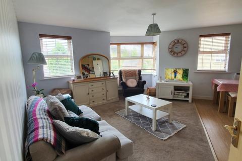 2 bedroom apartment for sale - Buzzard Road, Calne