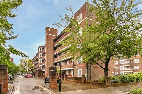 3 bedroom flat for sale - White City Estate, London