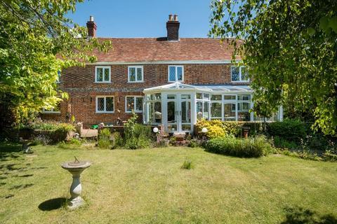4 bedroom farm house for sale - Merstone Lane, Merstone