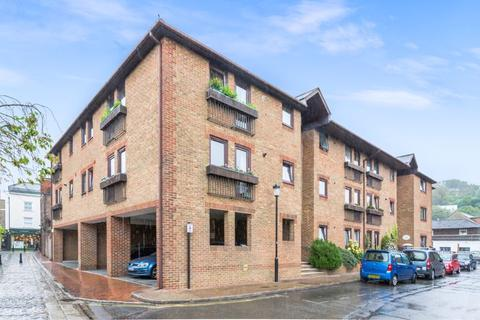 2 bedroom apartment for sale - Cliffe Leas, Farncombe Road, Lewes