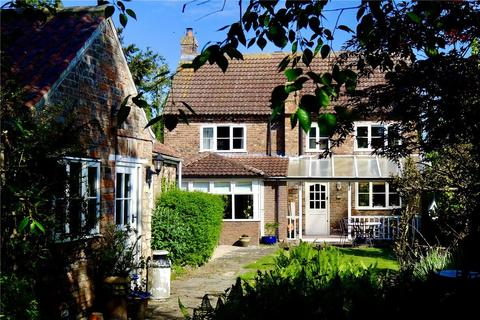 4 bedroom detached house for sale - The Dovecote, Main Street, Hessay, York, YO26