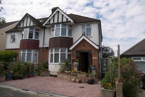 3 bedroom semi-detached house for sale - Oakmere Avenue, Potters Bar, EN6
