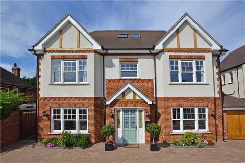 6 bedroom detached house for sale - Glenesk Road, London, SE9