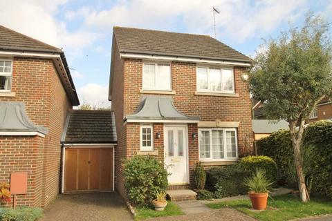 3 bedroom detached house to rent - Highfield, Watford, Hertfordshire