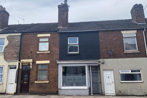 Shop to rent - Victoria Road, Stoke-On-Trent