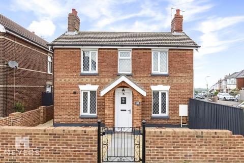 3 bedroom cottage for sale - Malvern Road, Moordown, BH9