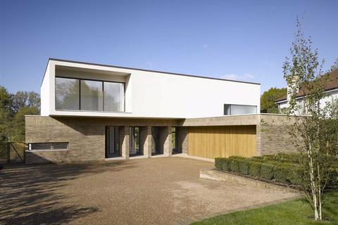 5 bedroom detached house to rent - Carrwood, Hale Barns
