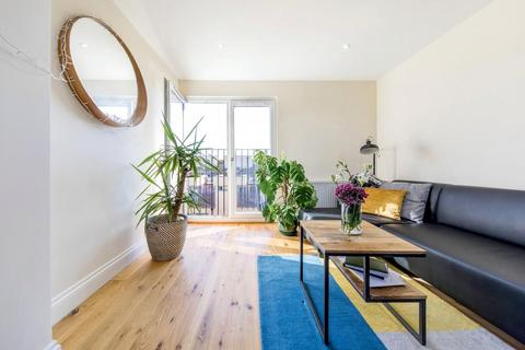 1 bedroom flat to rent - Ashmere Grove, SW2