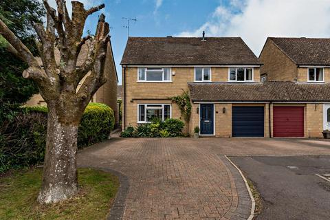 4 bedroom detached house for sale - Alexander Drive, Cirencester