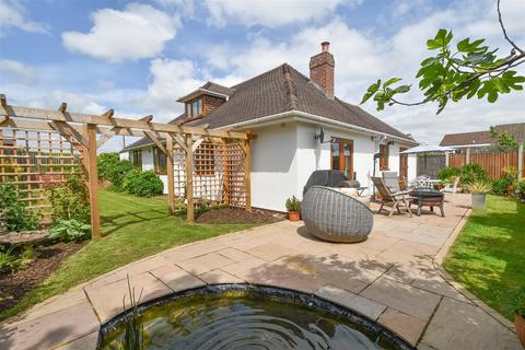 4 bedroom detached bungalow for sale - Bellars Lane, Malvern
