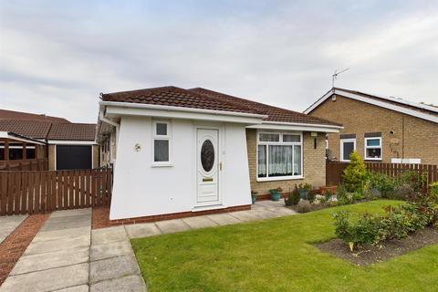 3 bedroom detached bungalow for sale - Avocet Way, Bridlington