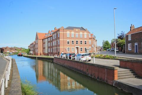 2 bedroom flat for sale - Minster Wharf, Beverley