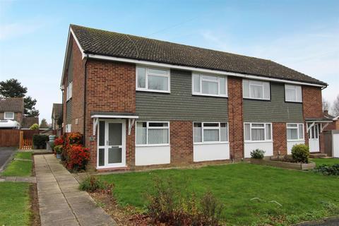 2 bedroom maisonette to rent - 10 Ashley GardensChandlers FordHampshire