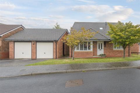3 bedroom bungalow for sale - Croft Way, Belford, Northumberland, NE70