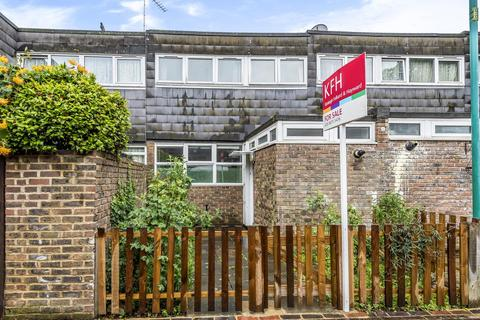 3 bedroom terraced house for sale - Ramilles Close, London