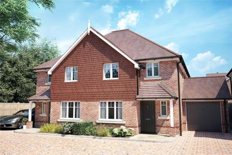 3 bedroom semi-detached house for sale - The Millstones, Mayflower Way, Angmering, West Sussex