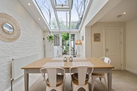 3 bedroom terraced house to rent - Billing Road, Chelsea, London, SW10