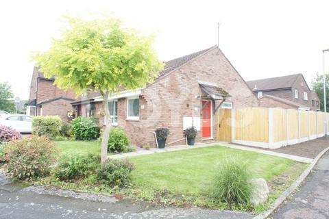 2 bedroom semi-detached bungalow to rent - Welsby Close, Fearnhead, Warrington