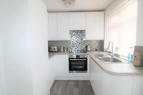 1 bedroom flat to rent - The Fairway, Palmers Green, N13