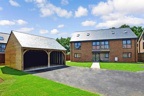 5 bedroom detached house for sale - Boughton Park, Headcorn Road, Ulcombe, Maidstone, Kent