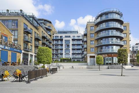 3 bedroom apartment for sale - Kew Bridge Road Brentford TW8